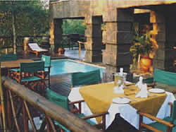 Malelane Accommodation - Game Lodge in Malelane - Grand Kruger Lodge - breakfast on the deck