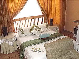 Phomolong Guest House Accommodation - B&B Accommodation - Witbank Self Catering Accommodation - Mpumalanga