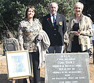 Gilda Biassoni and Colleen de Klerk granddaughters of Evan Davies together with Moth Louis-John Havemann paying tribute to their grandfather and a veteran Moth