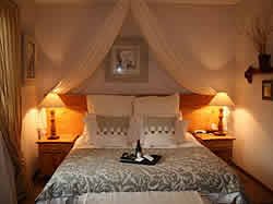 Piet Retief Accommodation -  Piet Retief B&B - Dusk To Dawn